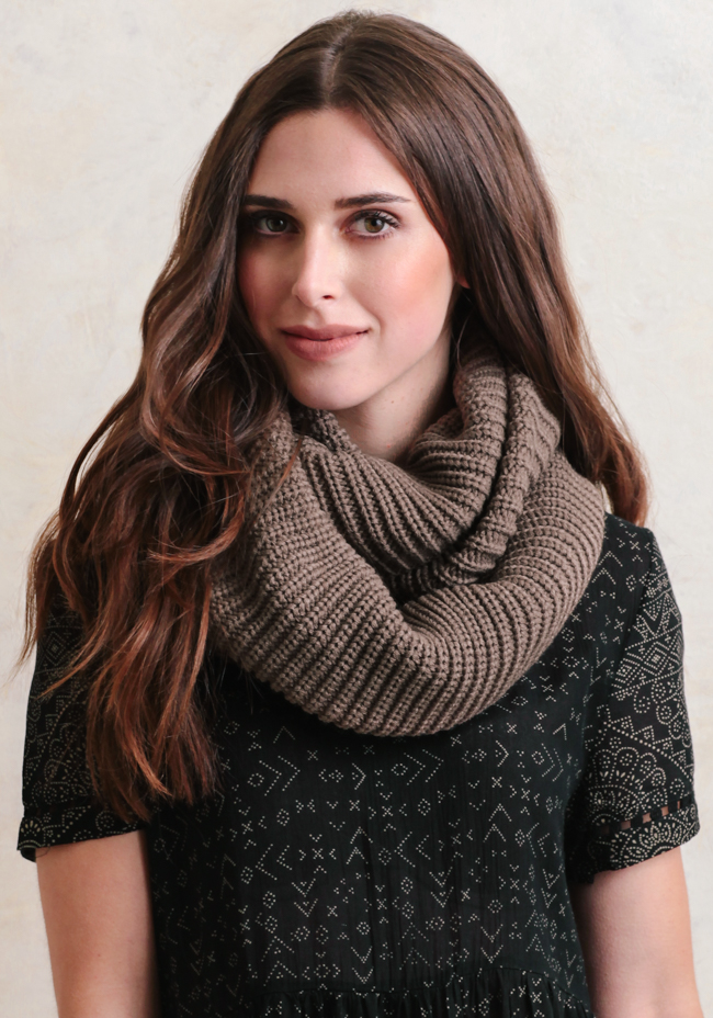 Hickory Lane Knit Infinity Scarf Simplemag